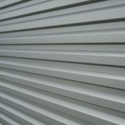 Here is a close up shot of aluminum siding. We perform aluminum siding installation in seacoast nh are and southern maine.